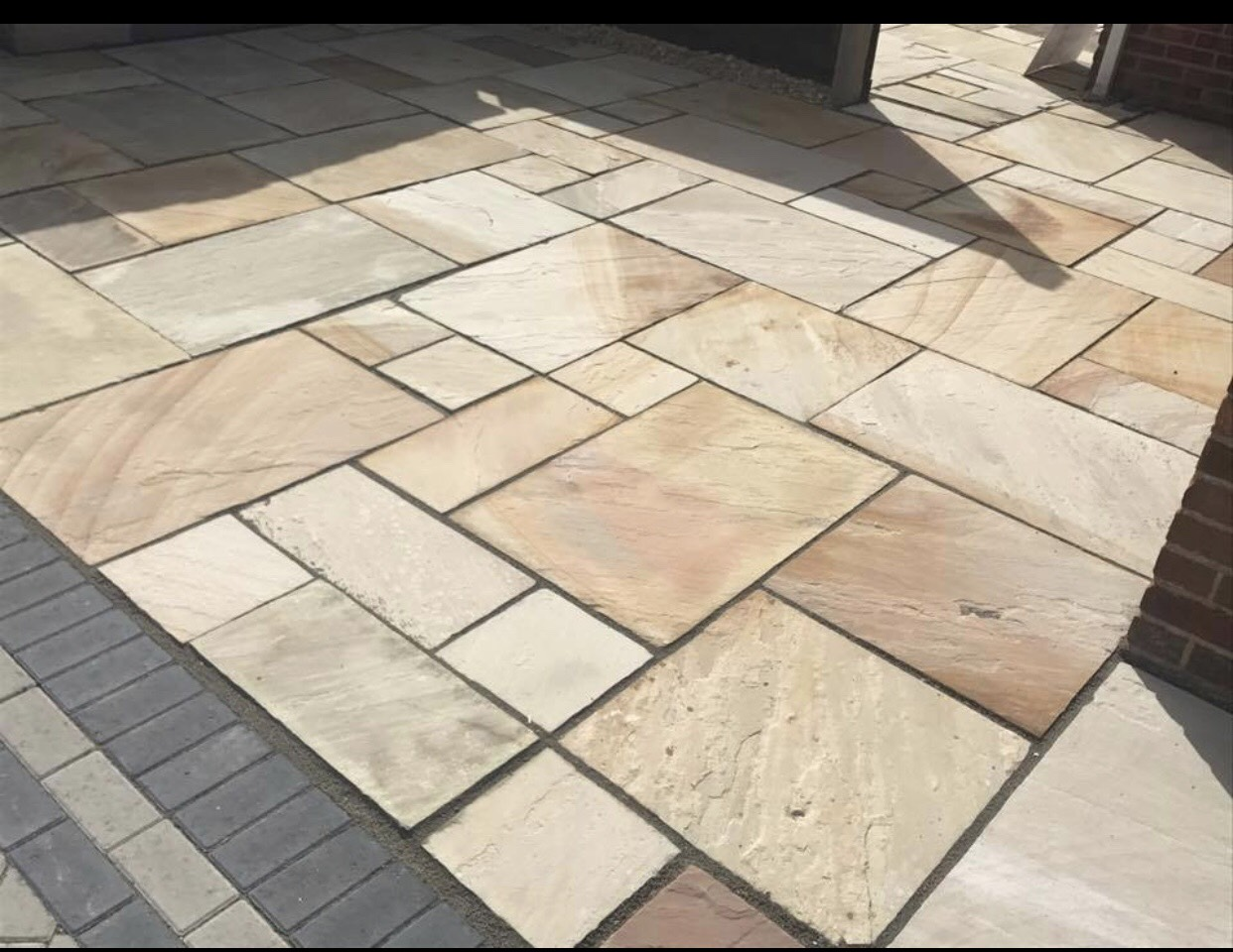 more work for block paving in oxford - the image shows a block paved patio